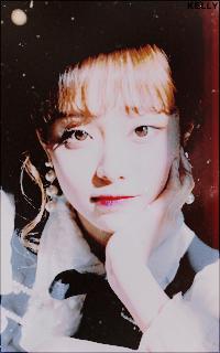 Kim Jiwoo (Chuu - Loona)  Fv0sZSk6_o