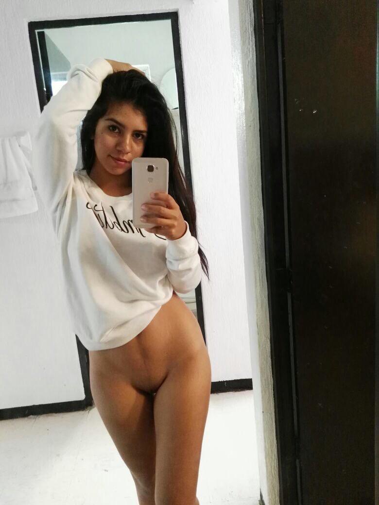 Elizabeth Marquez nua