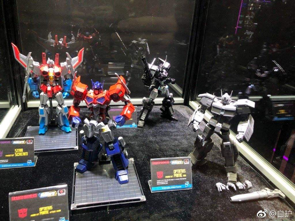 [Flame Toys] Figurines Drift, Optimus, Tarn, Star Saber, etc (non transformable - autorisé par Hasbro) - Page 3 HpMTX8Sx_o