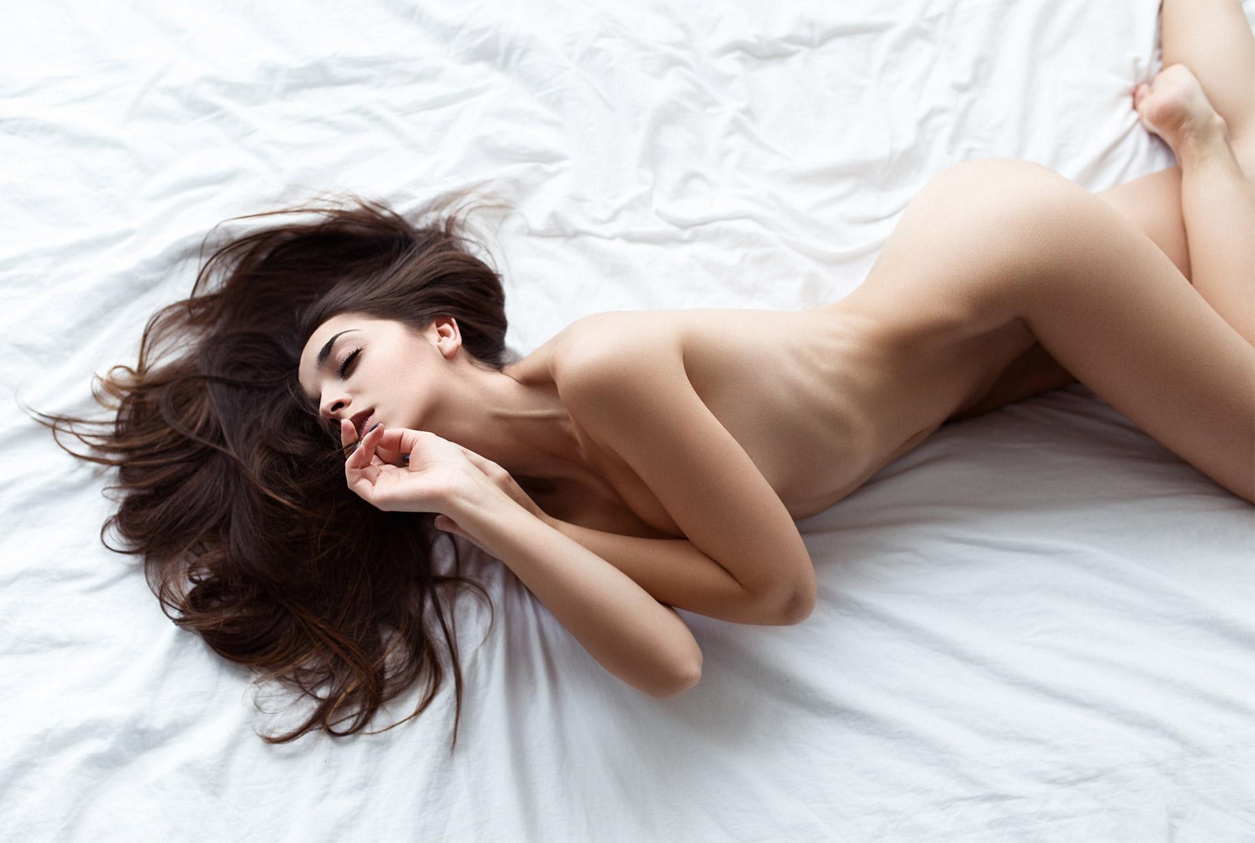 сексуальные голые девушки на снимках фотографа Бенджамина Вингрифа / фото 18