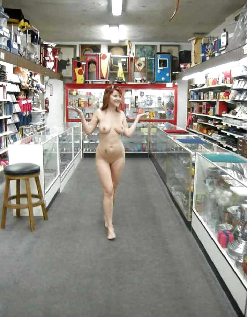 Pictures of naked girls in public-1233