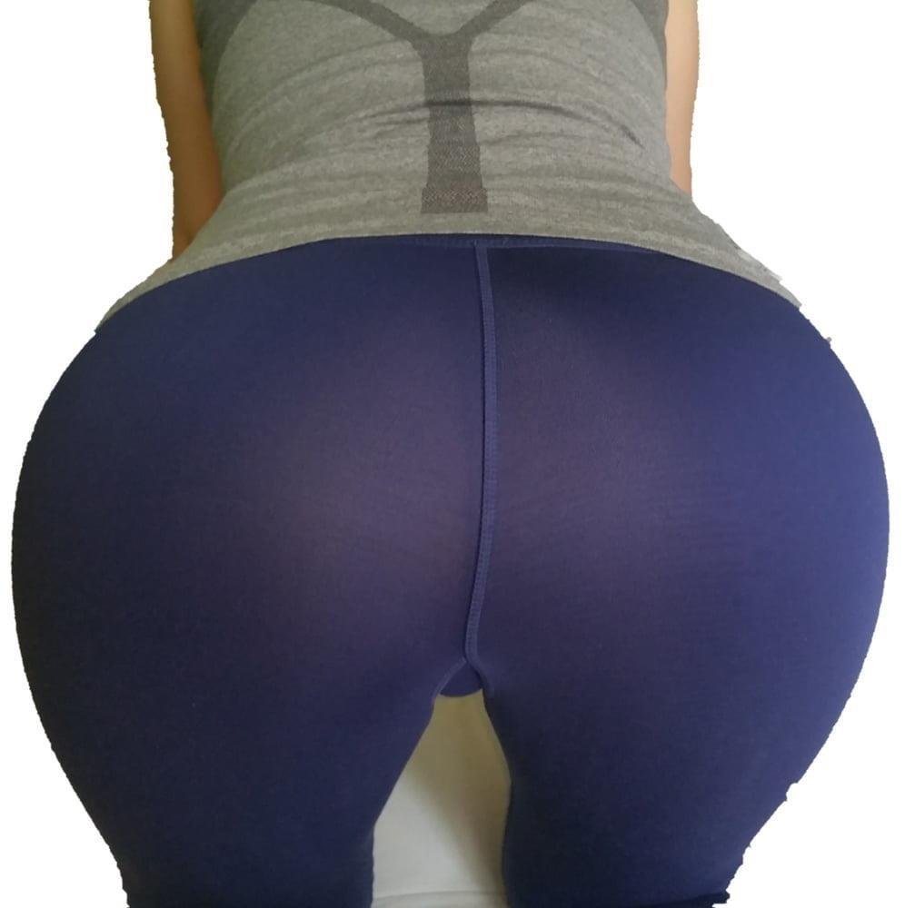 Yoga pants foot fetish-3511