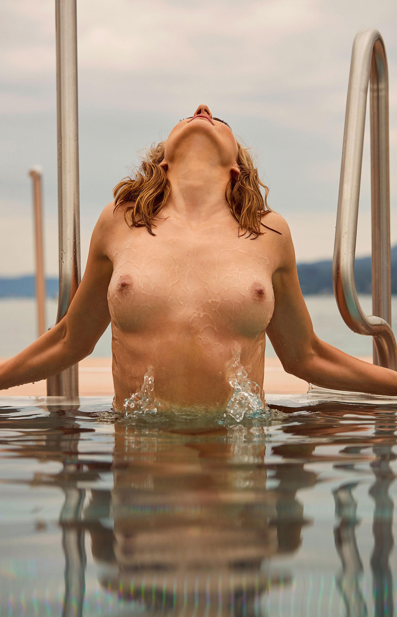 пловчиха Елена Кравцова в журнале Playboy Германия, октябрь 2020 / фото 11
