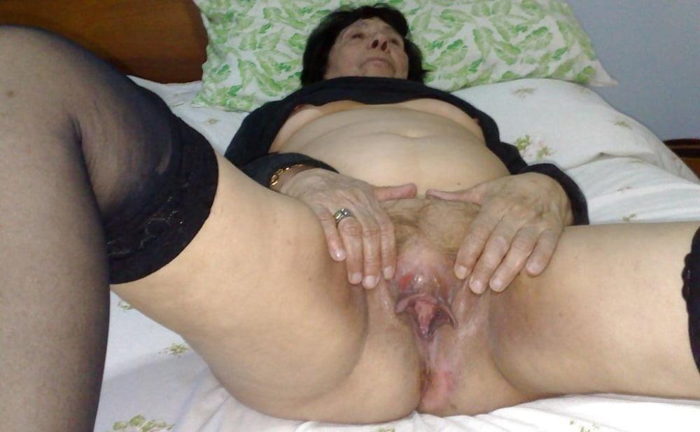 Pics naked grannies-5965