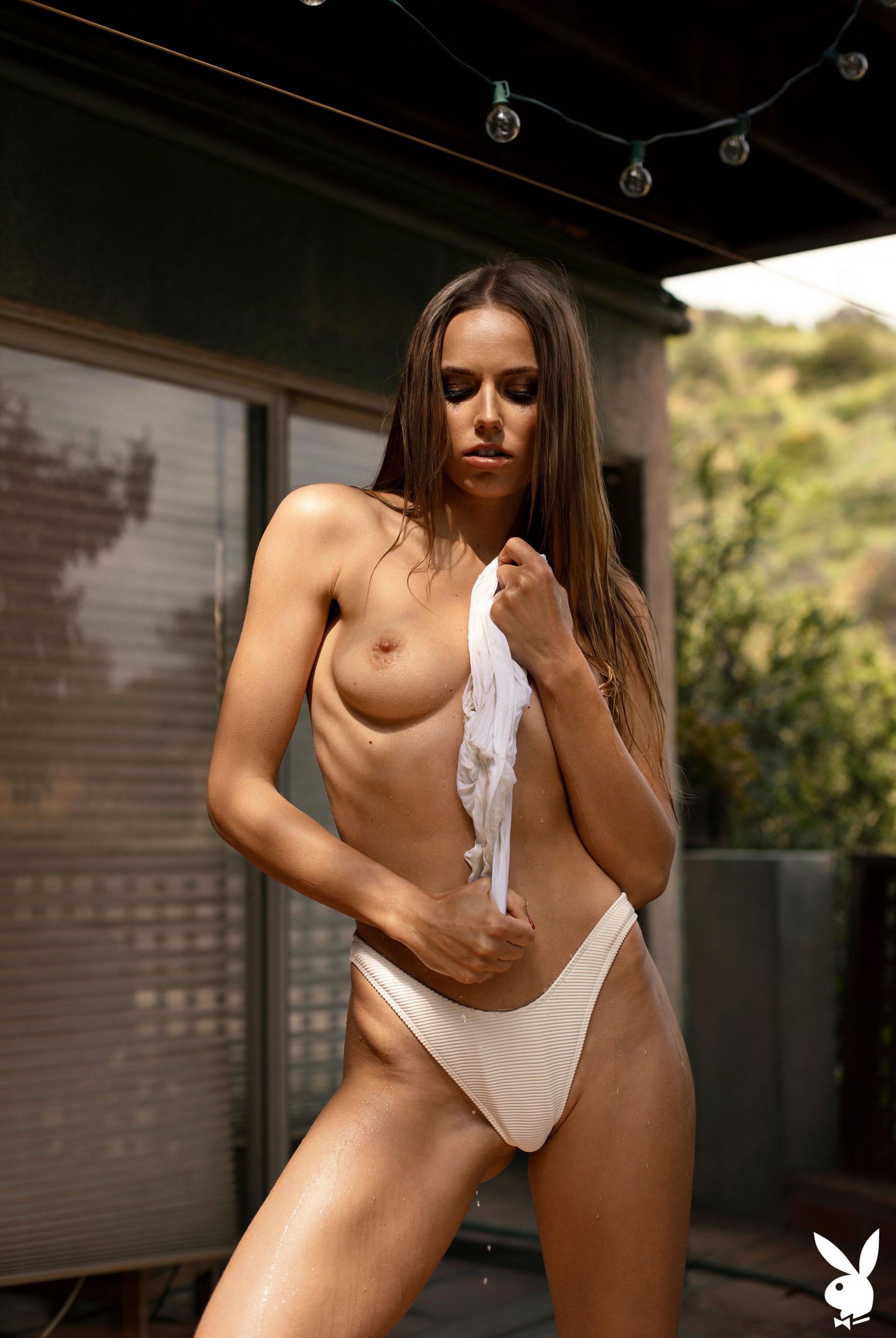голая Адель Вакула в Голливуде и на страницах журнала Playboy / фото 12