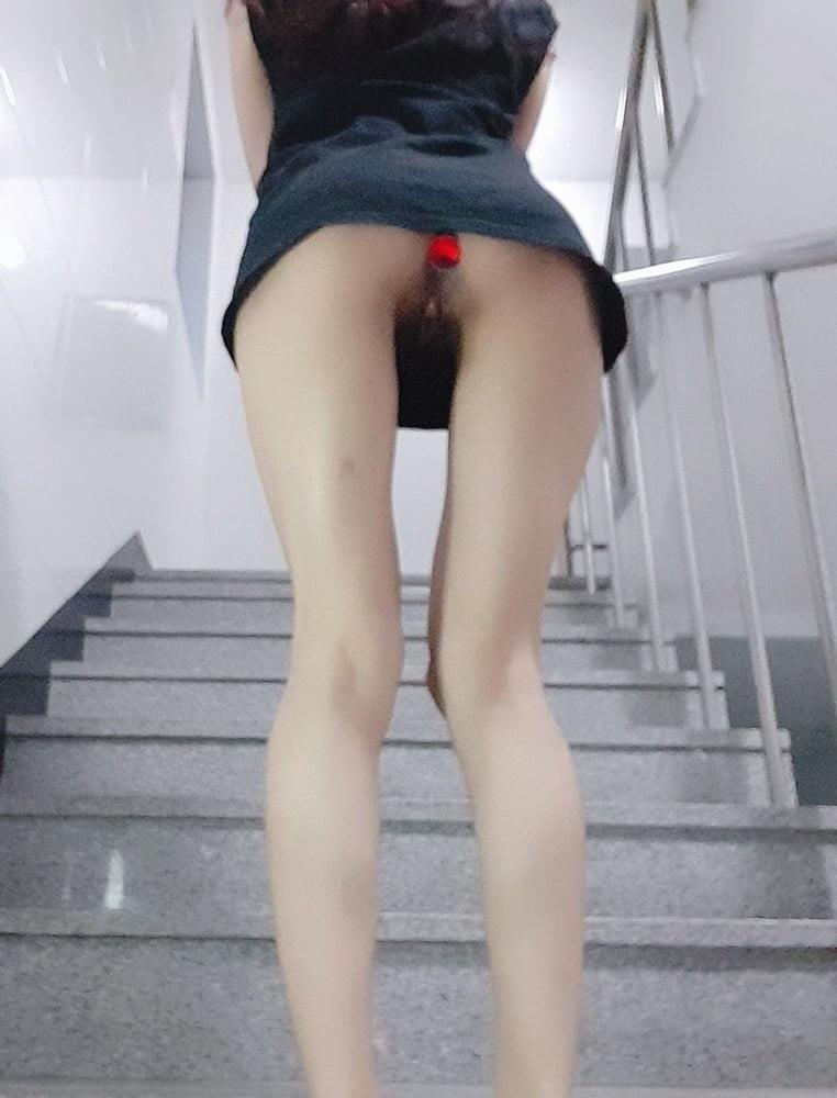 Sexy girl flashing in public-7557
