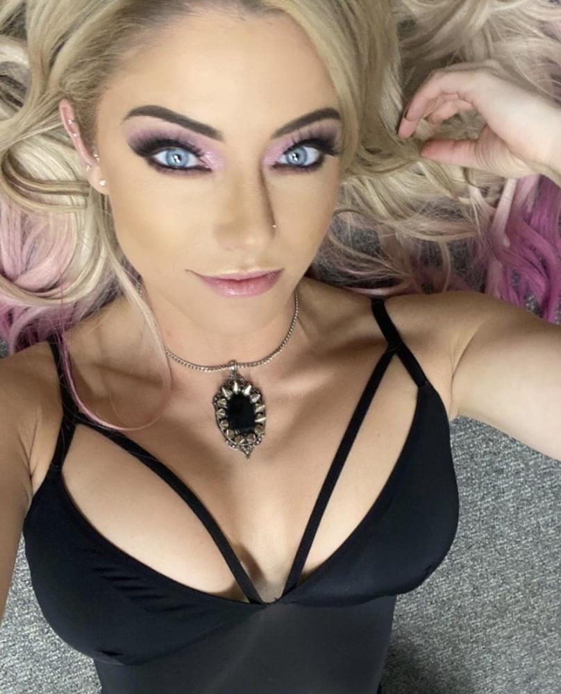 Nude pics of female wrestlers-5961