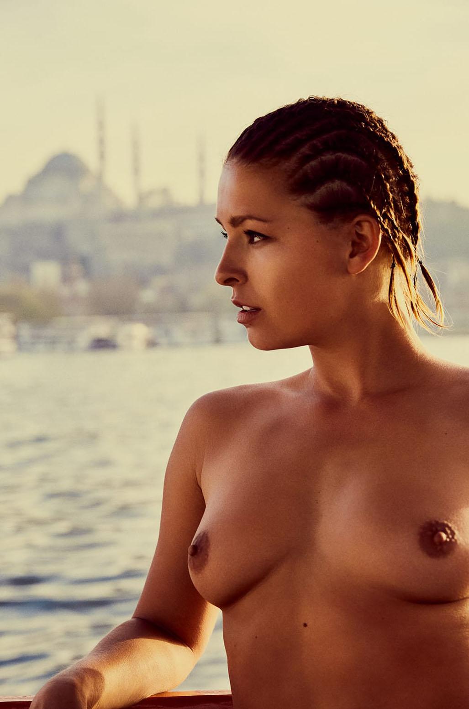 Отдыхаем в Турции с Марисой Папен / Marisa Papen by Jesse Walker