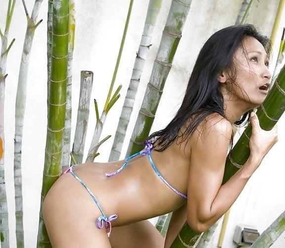 Sexy asian girl bikini-1045