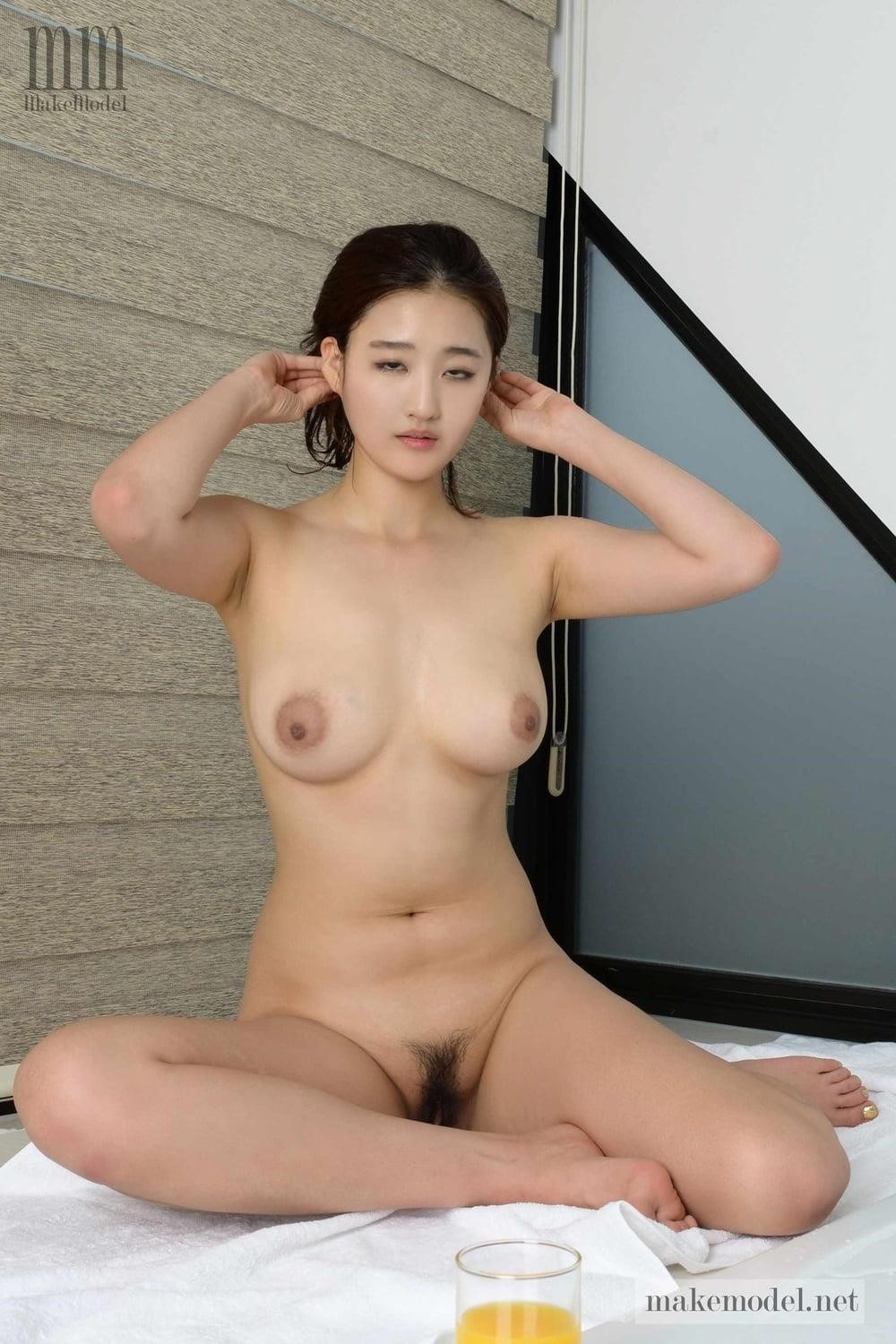 Korean men nude-8831