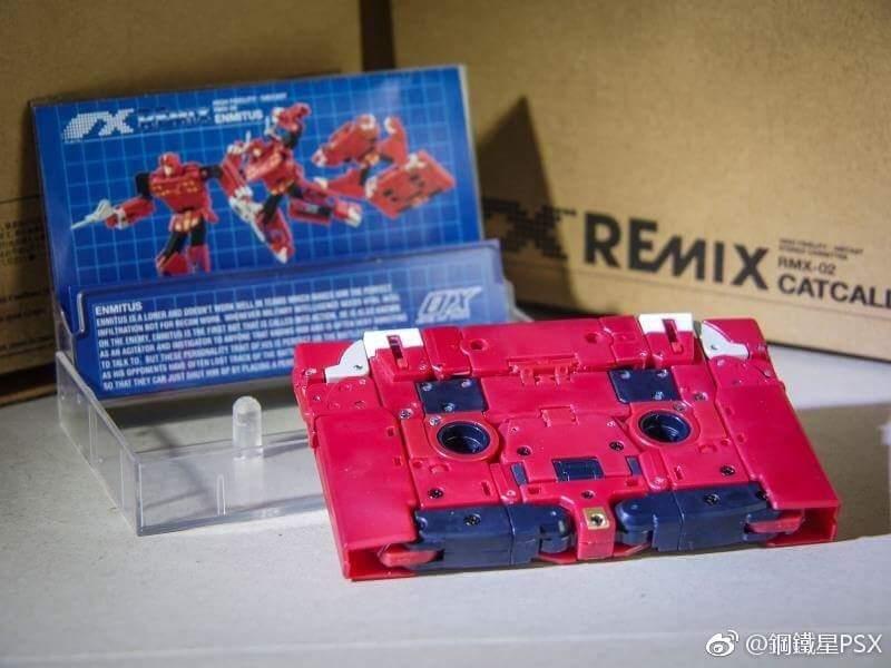 [Ocular Max] Produit Tiers - REMIX - Mini-Cassettes Autobots et Décepticons (surdimensionnées) - Page 3 TymklzJW_o