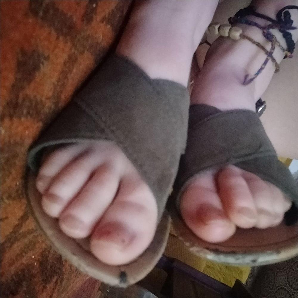 Little feet fetish-1579