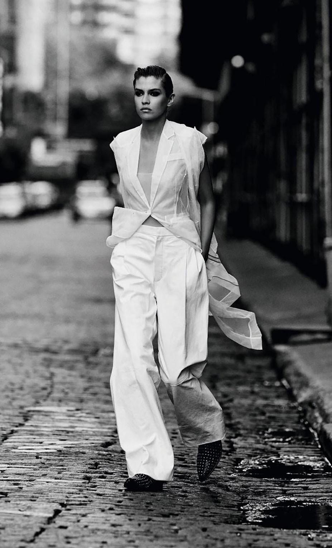 Модные тенденции осени / Stella Maxwell by Regan Cameron - Harpers Bazaar Germany november 2017