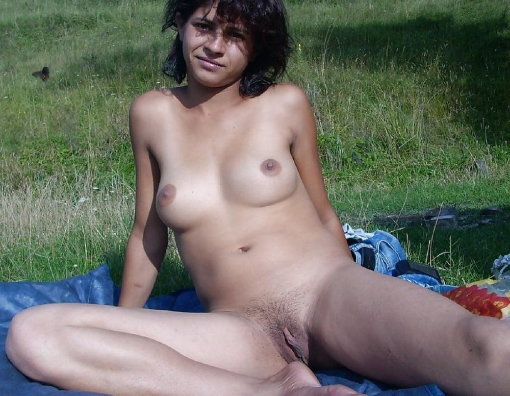 Naked mature tgp-7951