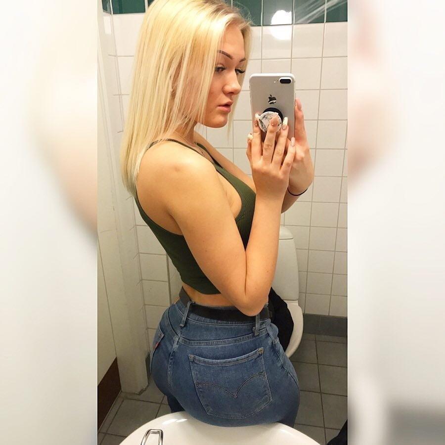 Swedish babes naked-3304