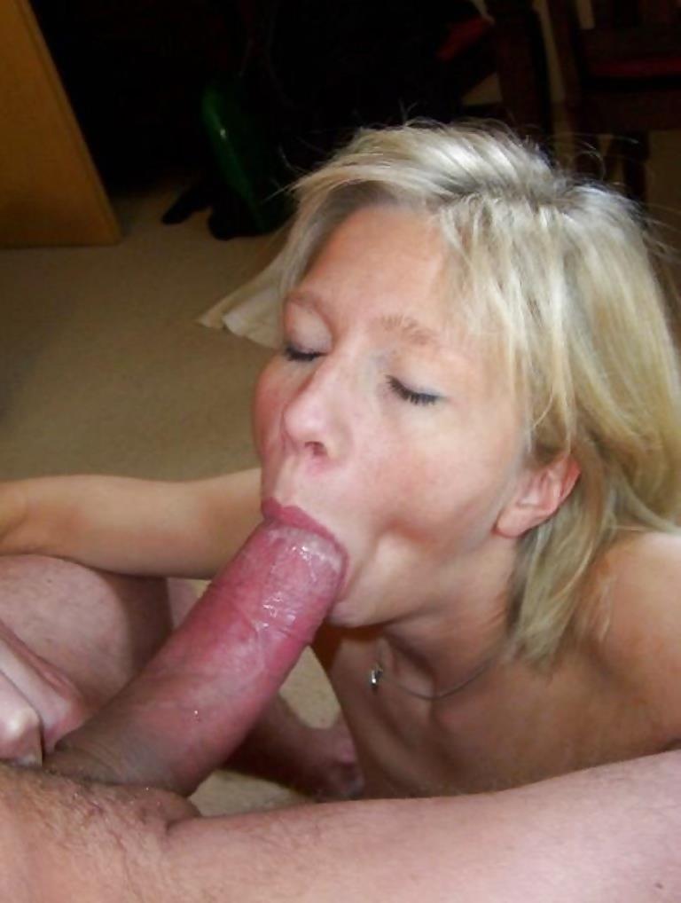 Mature women using toys-9236