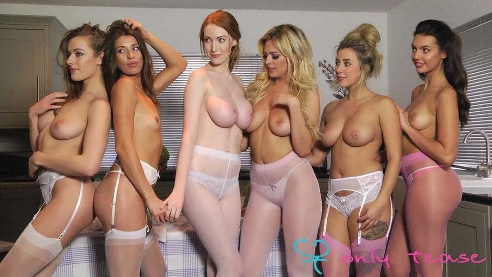 Girls having orgies-2560