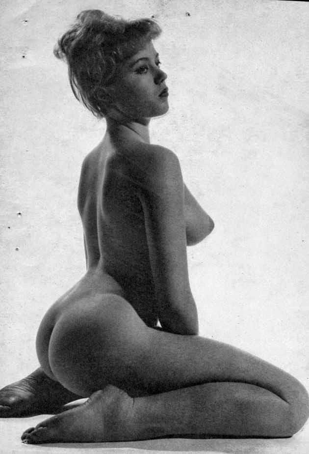 Big boobs model photo-8288