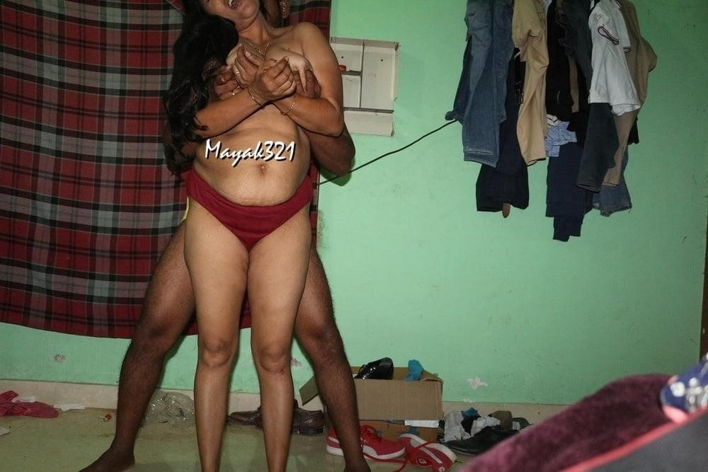 Reshma aunty nude-3865
