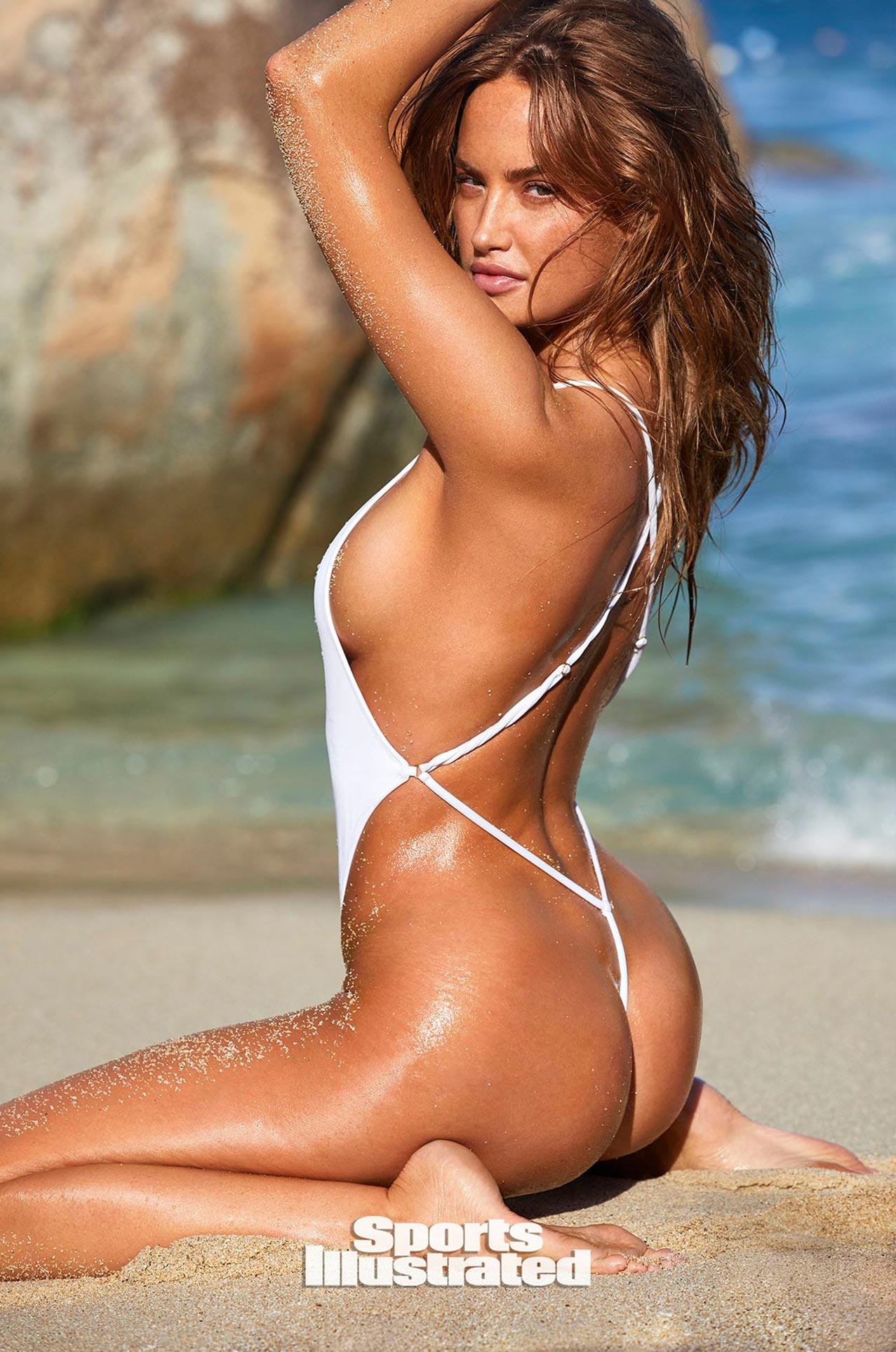 Хейли Калил в каталоге купальников Sports Illustrated Swimsuit 2020 / фото 19
