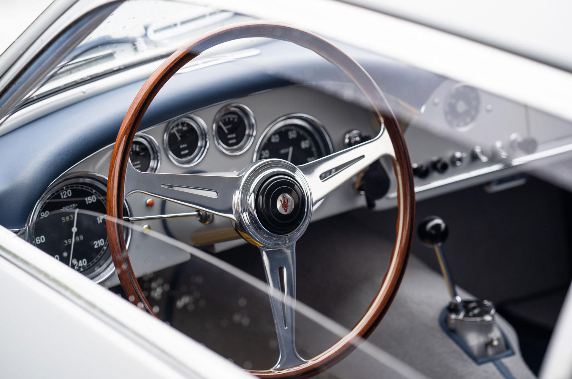 отреставрированный гоночный Maserati A6G 2000 Berlinetta Zagato 1956 года выпуска / фото 09