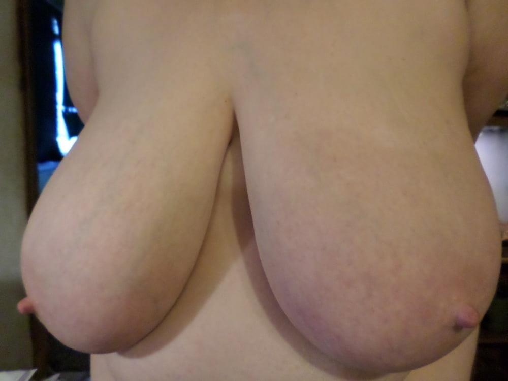 Big natural boobs big nipples-7946