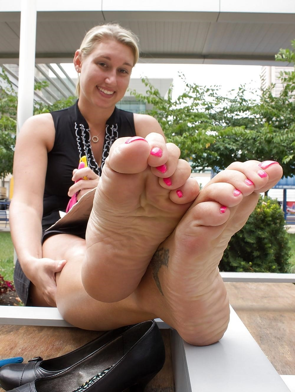Young foot porn-2378