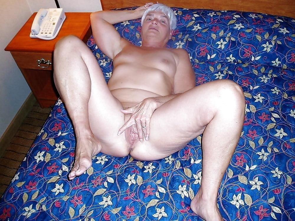 Chubby granny naked-2037