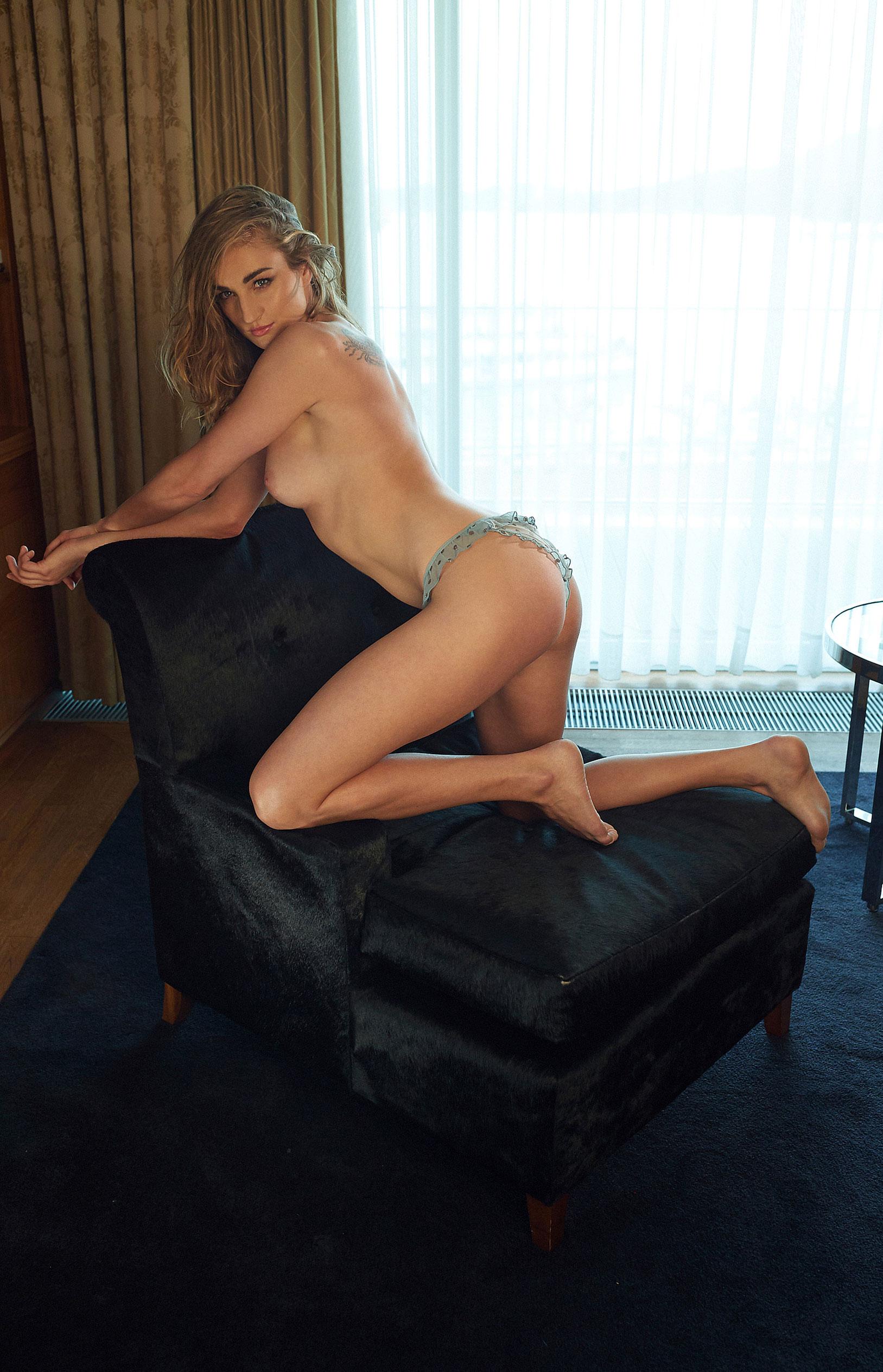 пловчиха Елена Кравцова в журнале Playboy Германия, октябрь 2020 / фото 19