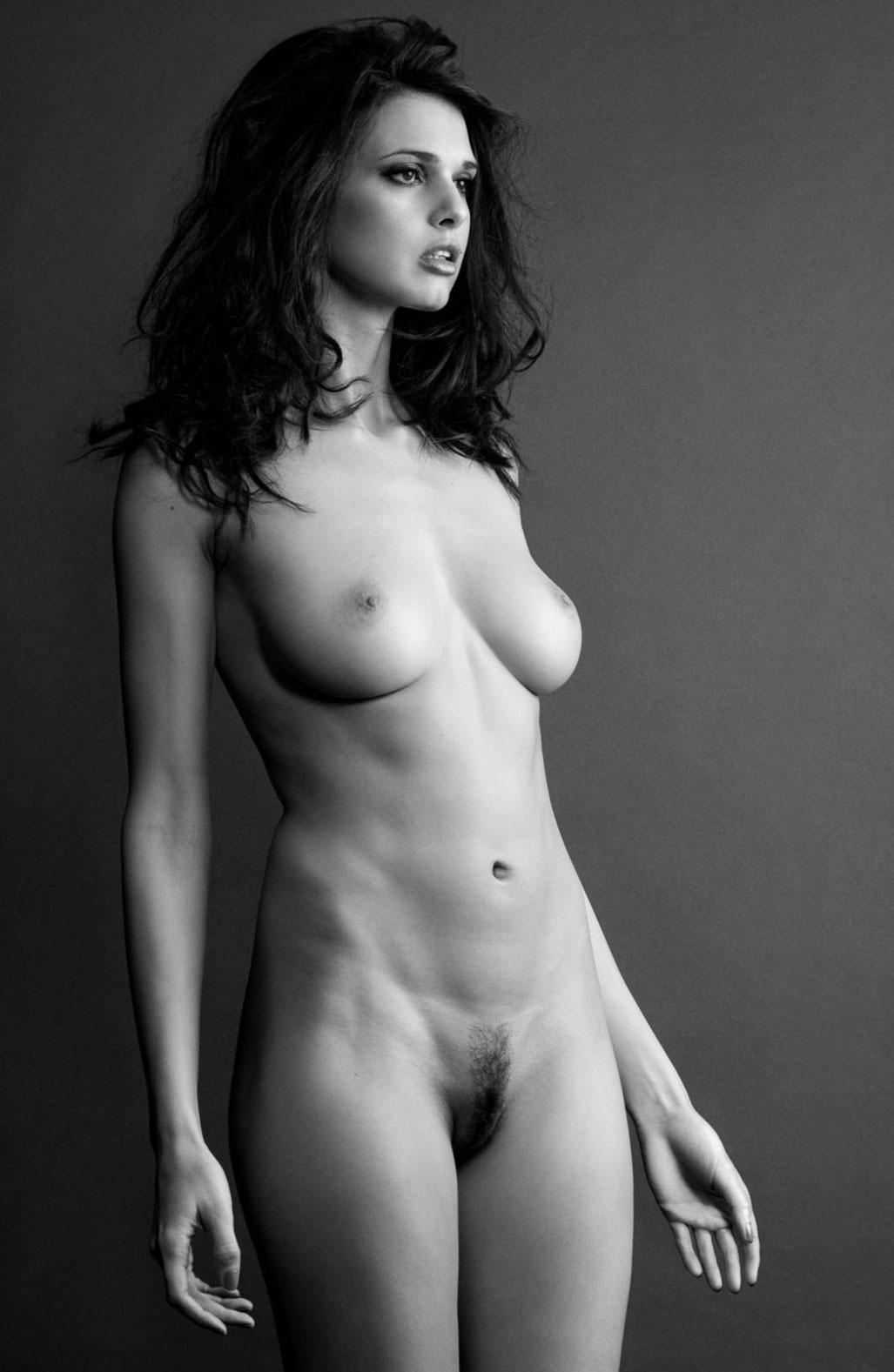 подборка фотографий сексуальных голых девушек - Zoi Gorman