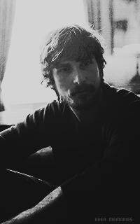 Christian Bale - Page 2 9CF3Ykij_o