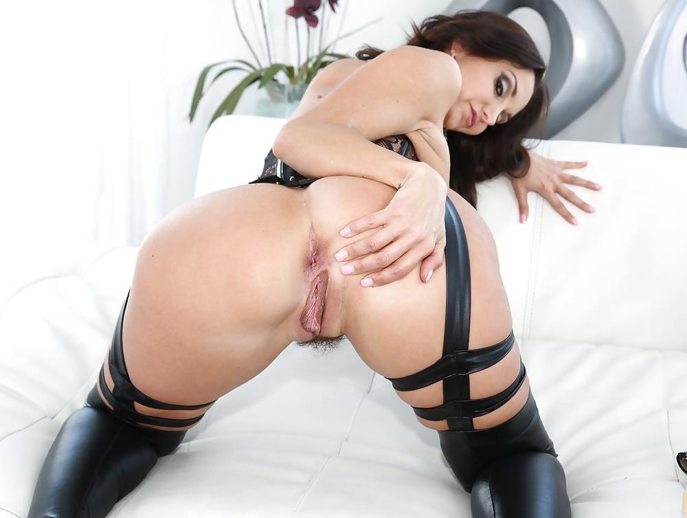 Lesbian dp pics-2408