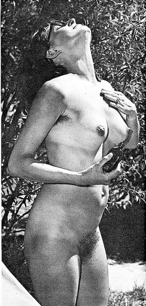 Older nude hairy women-1673