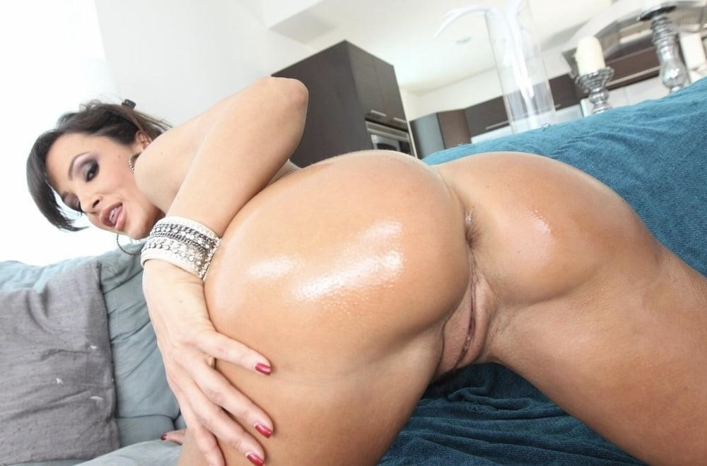 Lisa ann in naughty america-4804