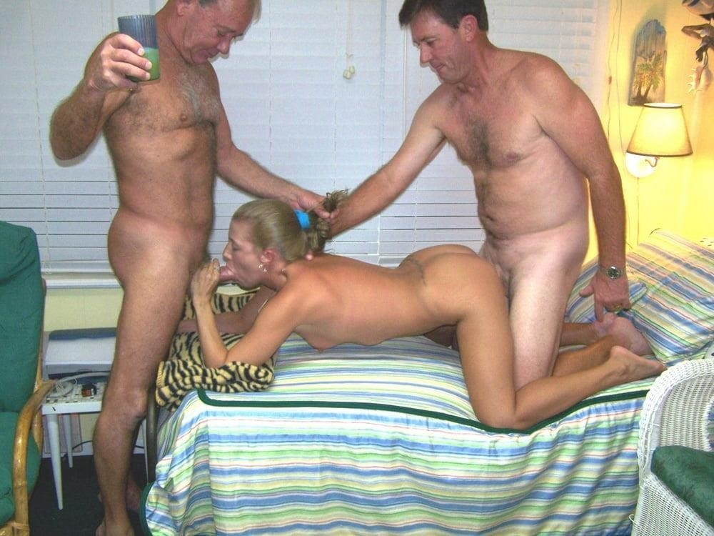 Outdoor milf orgy-8662