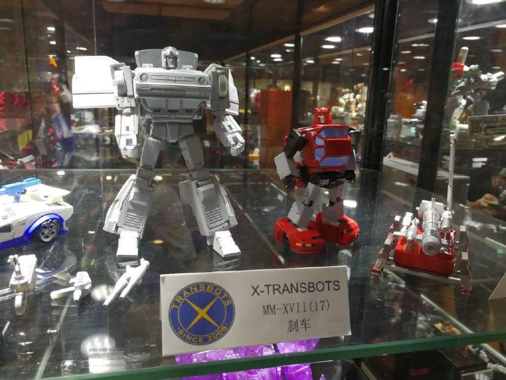 [X-Transbots] Produit Tiers - Jouet MX-XVII Savant (aka Skids/Platon) + MX-17H Herald (aka Crosscut/Transversal) + MX-17T Taiho (Hommage YUA) 4V5bdz0y_o
