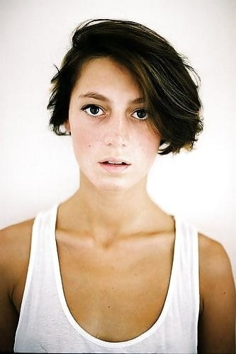 Best hair style for short hair girl-2192