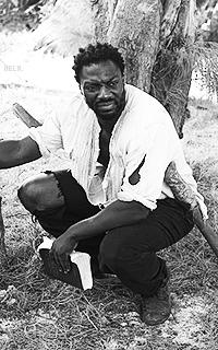 Adewale Akinnuoye-Agbaje 60IiHU9l_o