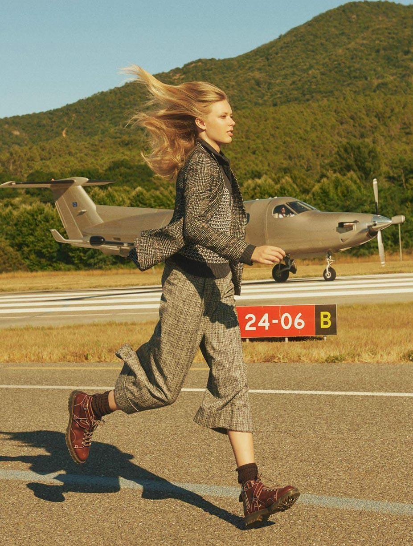 Ulrikke Hoyer by Charlotte Wales - Vogue Paris october 2017
