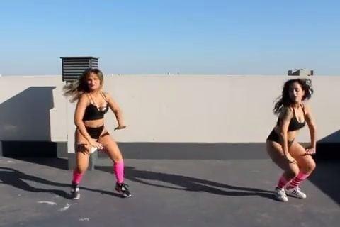Big butt black girls twerking-7859
