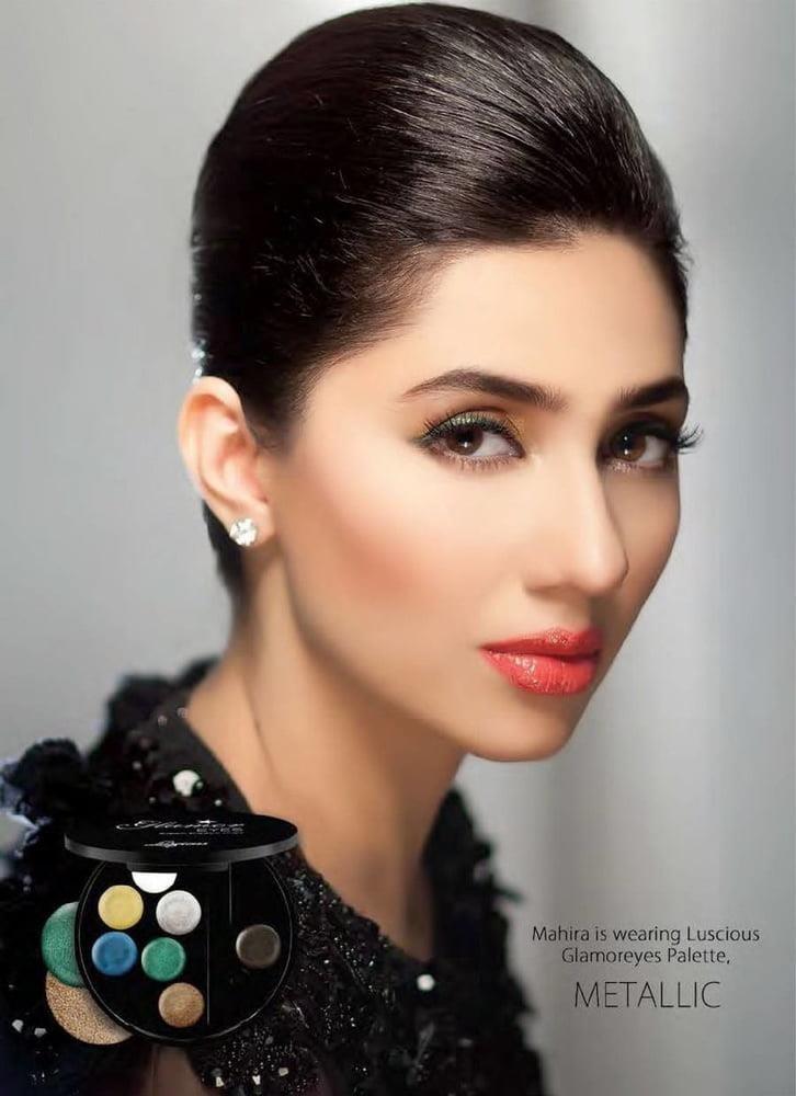 Mahira khan sexy photos-9050