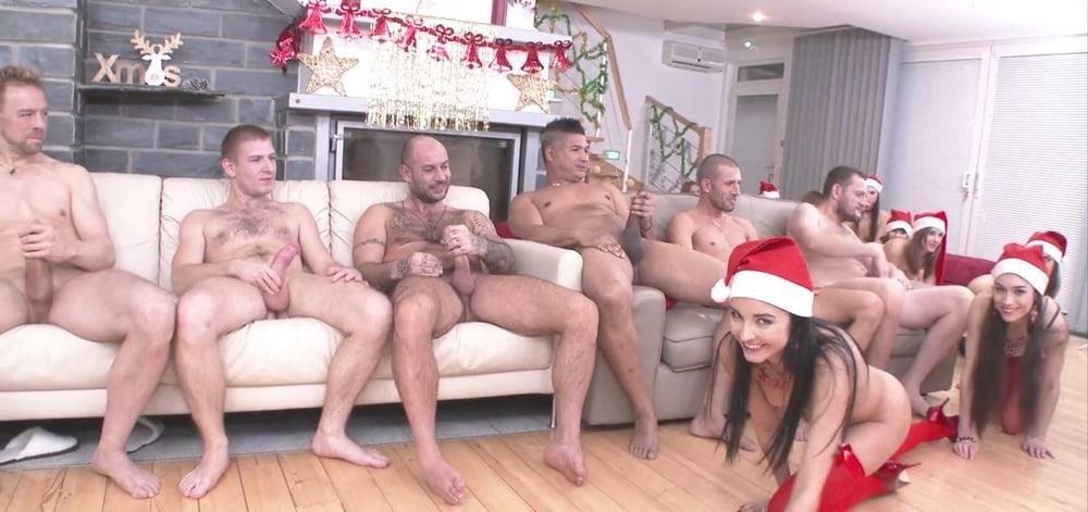Ebony lesbian anal orgy-8569