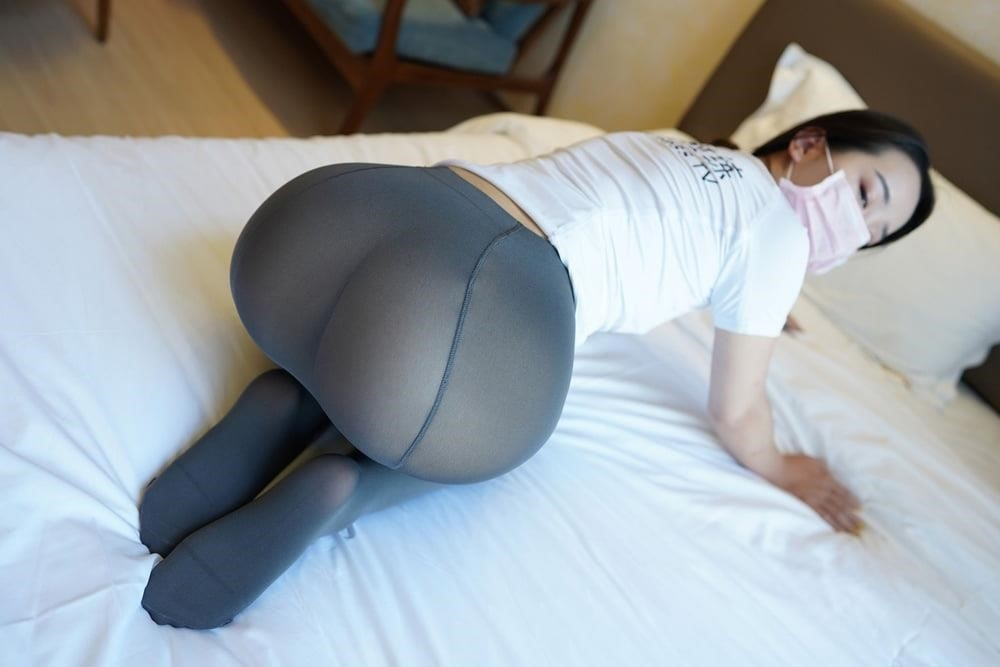 Japanese pantyhose feet-4303