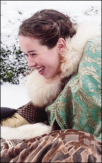 Anna Popplewell  - Page 2 XNNNIZfO_o