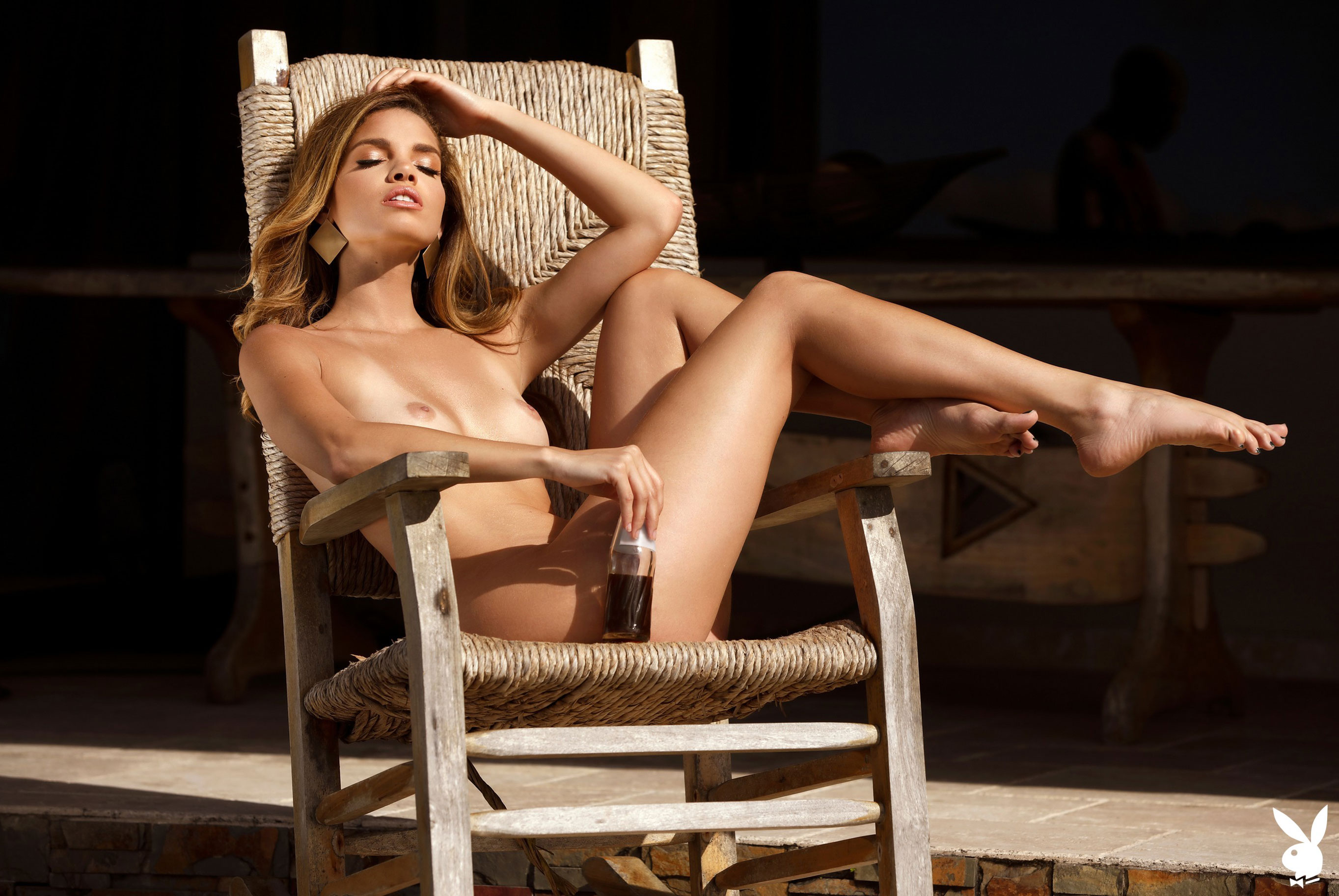 Мисс Июнь 2019 американского Playboy Йоли Лара / фото 36