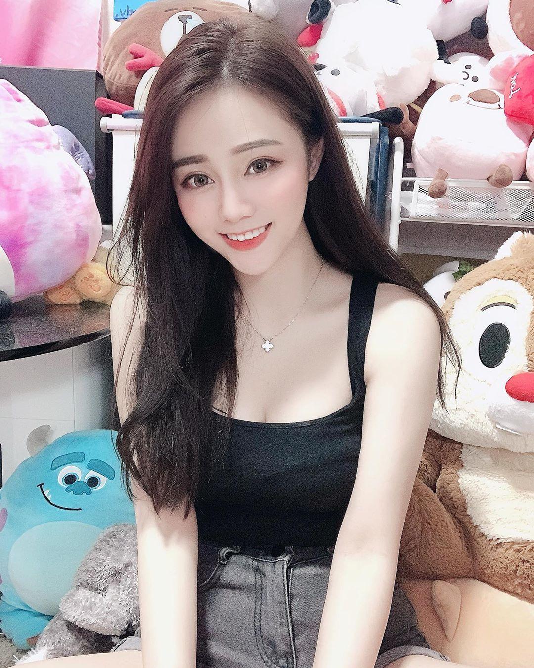 YsOPovMD o - 直播正妹—孫卉彤Candy