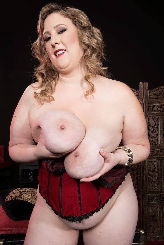 Sexy big boobs games-9670