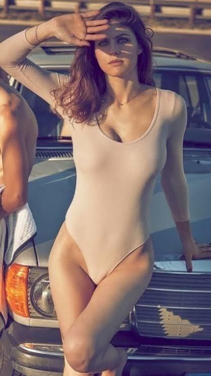 Sexy tight boobs pics-9062