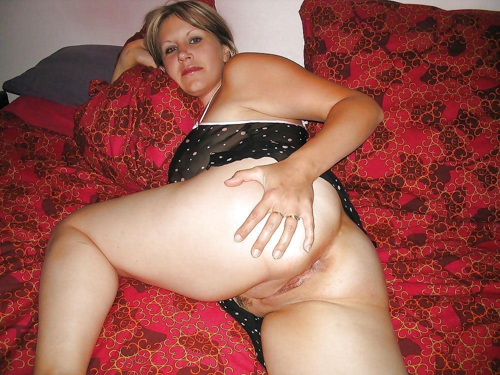 Beautiful naked mature women pics-4830