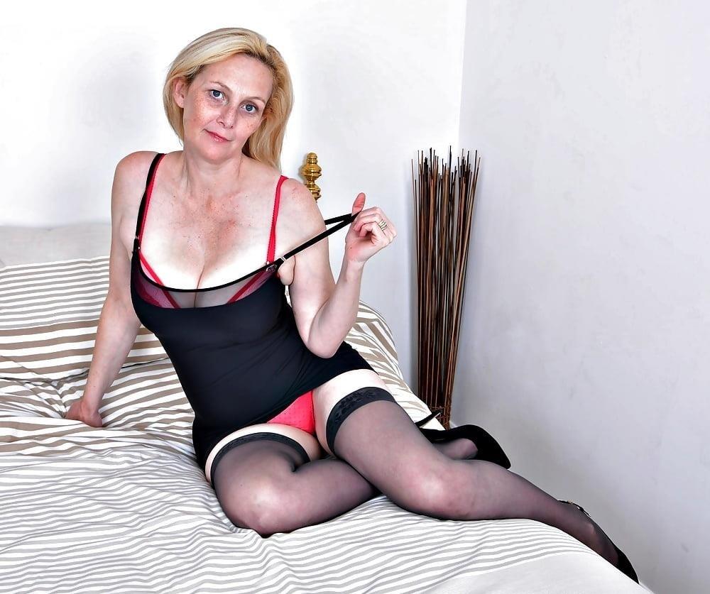 Milf big tits stocking-3281